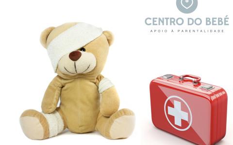Saber agir nas pequenas eventualidades do dia-a-dia com bebés ou crianças é fundamental para que os pais se sintam seguros e confiantes.